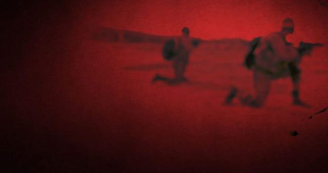 Van'da karakola bomba yüklü araçla saldırı