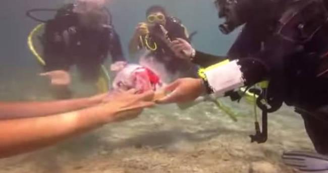 Su altında bu ilk kez oldu!