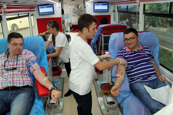 Kan Bağışına Mugiad Ve Basın Desteği
