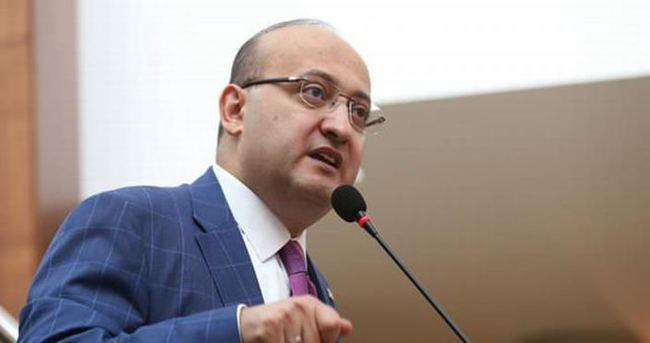 Akdoğan: Öcalan'ı istismar ettiler