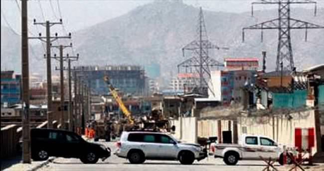 Afganistan'da çifte saldırıda 51 kişi öldü