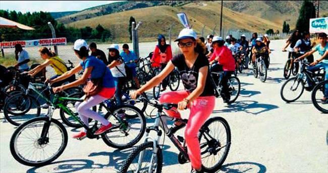 Eymir Gölü'nde bisiklet keyfi