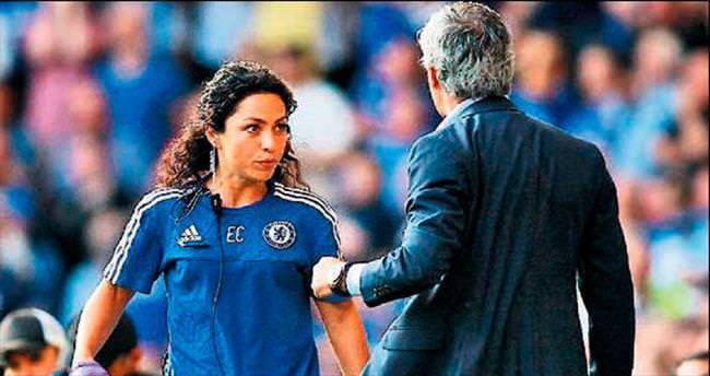 Mou'dan kadın doktora fırça!