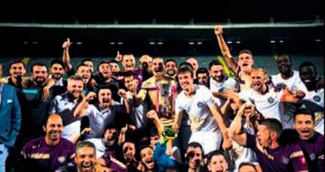 Ankara'da kupa Osmanlıspor'un