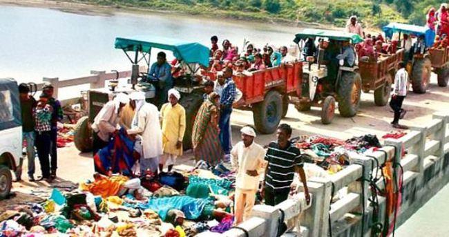 Hindistan'da tapınakta izdiham çıktı: 11 ölü