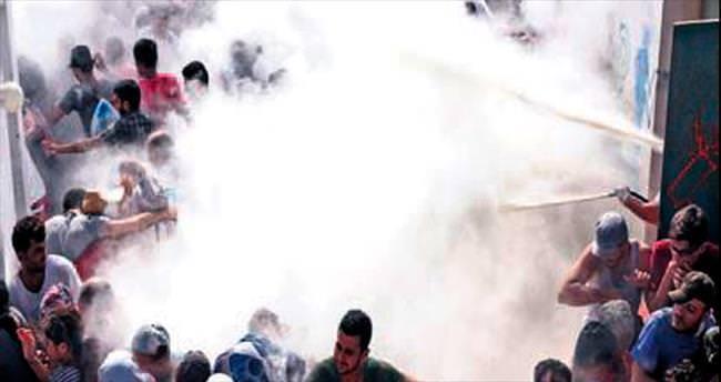 İstanköy'de göçmen İsyanı