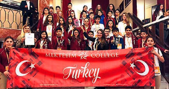 Mektebim Koleji ve State University of New York İşbirliği 39