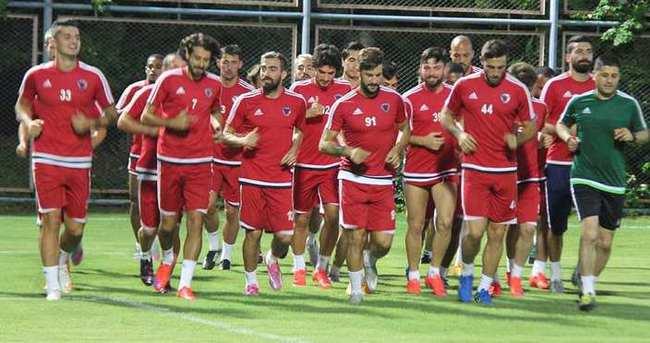 Mersin İdmanyurdu, Beşiktaş'a hazırlanıyor