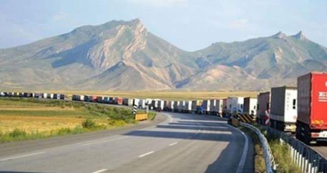 İran Türkiye'ye sınırını kapattı iddiası