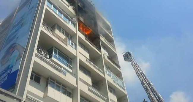 Mecidiyeköy'de yangın!