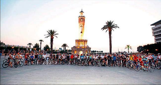 Ünlü bisikletçiler Prizen yolcusu