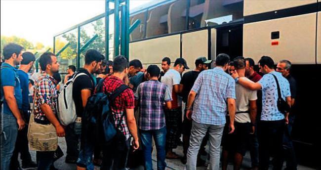 Suriyeliler gidiyor