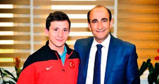 Bursa'dan 6 güreşçi dünya şampiyonasında