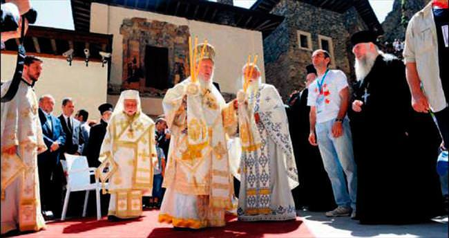 Sümela ve Efes'te barış ayini
