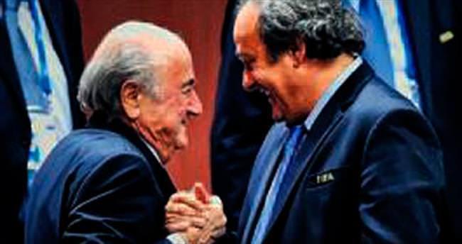 Platini, Blatter'i tehdit