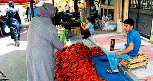 Manisa'da pazarcı esnafın pazaryeri isyanı