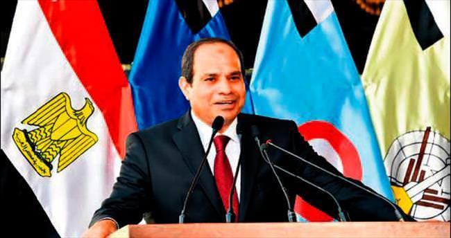 Mısır'da Sisi ne derse o