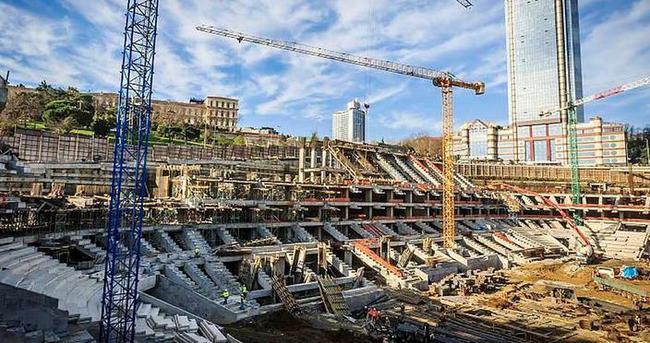 Vodafone Arena'nın mührü söküldü