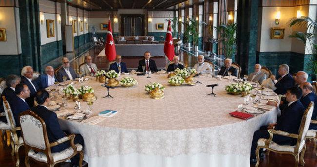 Cumhurbaşkanlığı Sofrası'nda, 'Milli Mirasımız ve Gelecek Tasavvurumuz' teması ele alındı