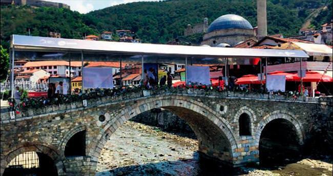 Kosova'da ödüller Türk yönetmenlere