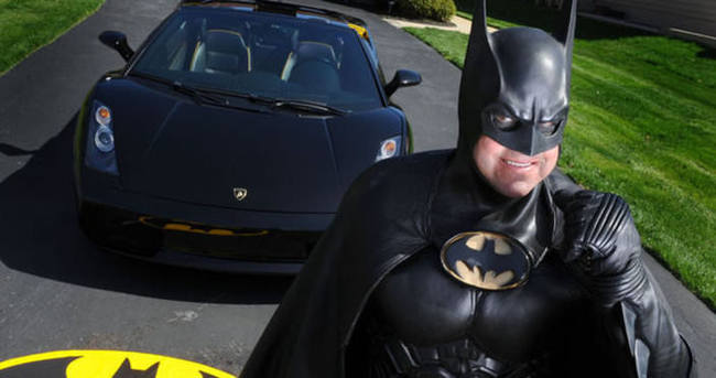 ABD'de Batman trafik kazasında hayatını kaybetti!
