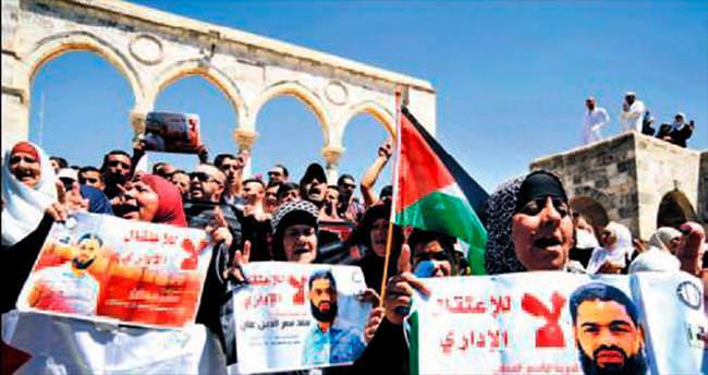 65 gündür açlık grevi yapan Filistinli avukat artık özgür