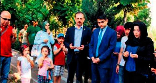 Azeri siyasetçiler Hamamönü'nde