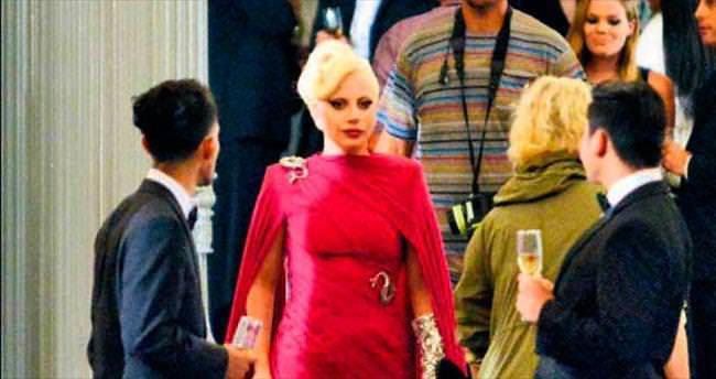 Konuk oyuncu Gaga