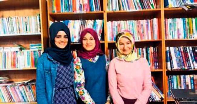 Bağış kitapla çalışıp üniversiteyi kazandılar