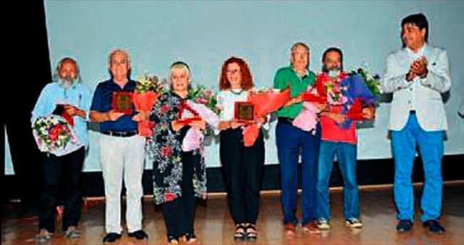 Foça'da öykücüler ödüllerine kavuştu