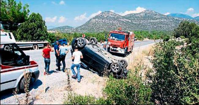 Akseki'de kaza: 4 kişi yaralandı