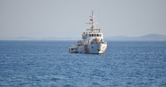 Kaçak göçmen teknesi battı: 3 ölü!