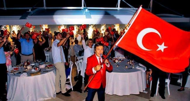 Erol Evgin'le 'Büyük Taarruz' coşkusu