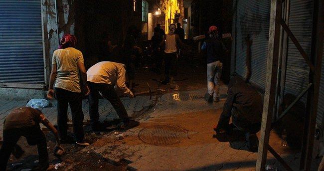 Hendek kazan teröristlere operasyon: 1 yaralı