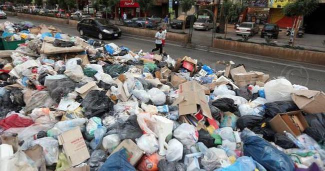 Lübnan'da çöp krizi devam ediyor