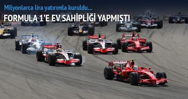 Formula pisti Türkiye'nin en büyük oto pazarı oluyor