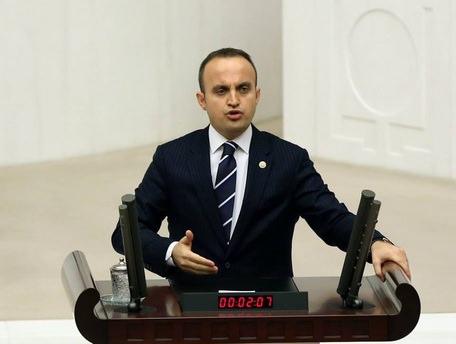 Türkeş devlet adamlığı gereğini yaptı
