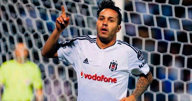 Beşiktaş üç koldan