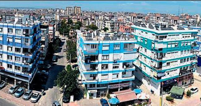 Mevlana Caddesi'ne Akdeniz'in renkleri