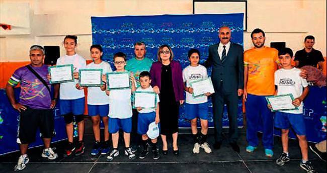 Yaz Spor Okulları'nda 7 bin sertifika verildi