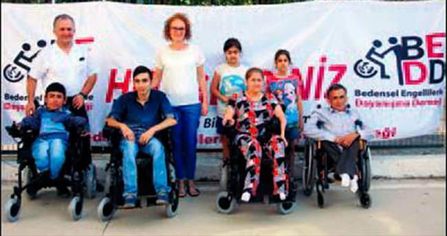 Engellilere destek pilotlardan geldi