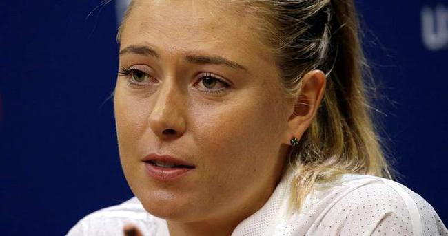 Sharapova'dan şok karar!