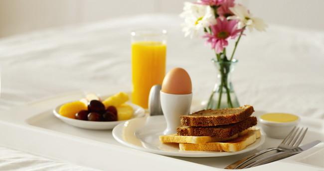 Yumurtayı portakal suyu ile tüketin
