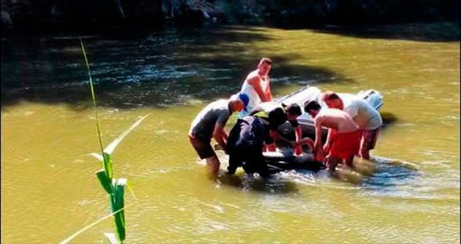 Biri turist 4 kişi boğuldu
