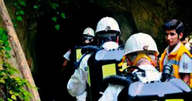 Ruhsatsız madende facia: 2 ölü