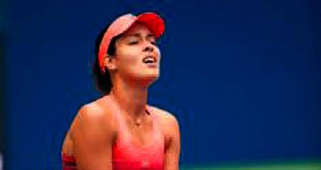 Sharapova çekildi Ivanovic elendi