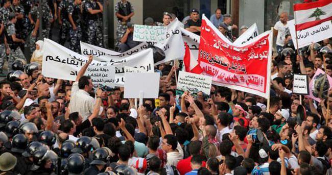 Lübnan'da çöp krizi sürüyor