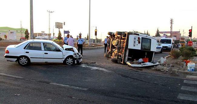 İşçi minibüsü kaza yaptı: 11 yaralı!