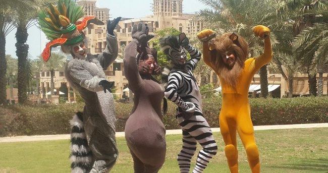 Madagascar Live, Dubai'de Türk dansçılar tarafından sahnelendi