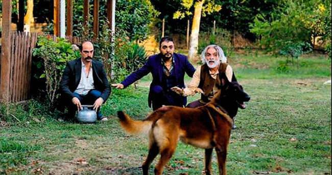 'Düğün Dernek' ekibi köpekten korktu!